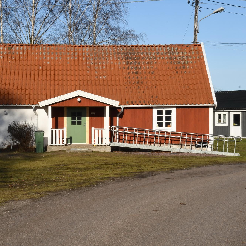 Anna-Stina Arvidsson, Blomkvists Vg 21, Frjestaden   unam.net